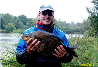 a nice Lake 3 bream